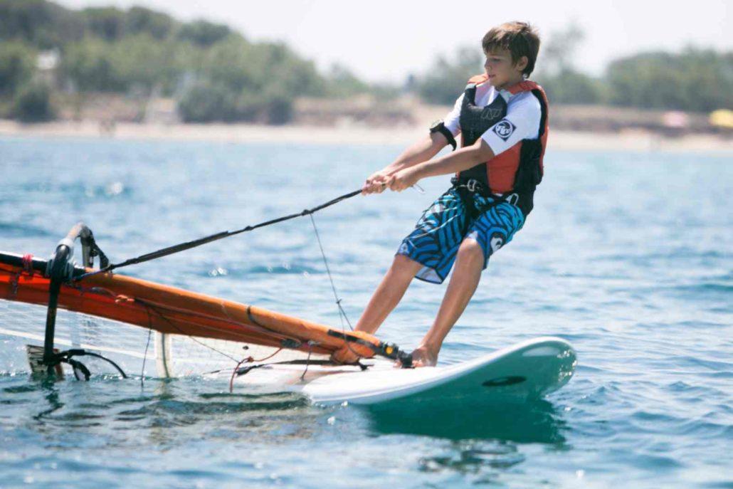 Corsi di vela e windsurf per bimbi e ragazzi centro velico torre guaceto - Tavole da windsurf usate ...